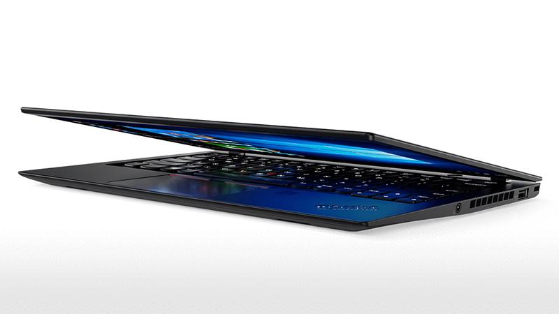 ThinkPad X1 Carbon 2017 第5世代 さらに軽く薄くなった