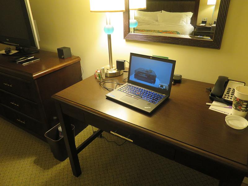 ThinkPad X270 1台とwifiがあればどこでもビデオ会議