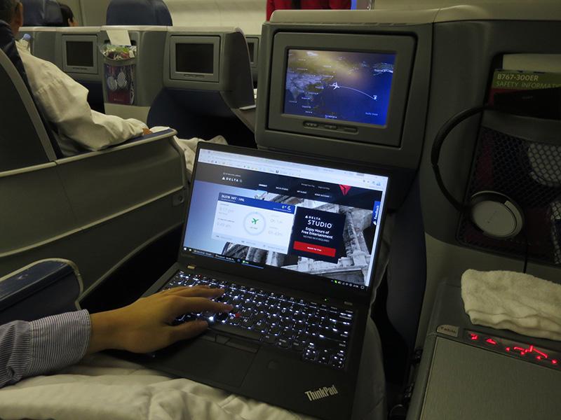 デルタ機内WIFI ThinkPad X1 Carbon 2017をつなげる