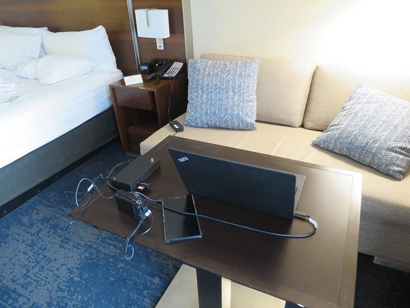 ThinkPad USB Type-C ドックを延長ケーブル代わりにX1 Carbonを使う