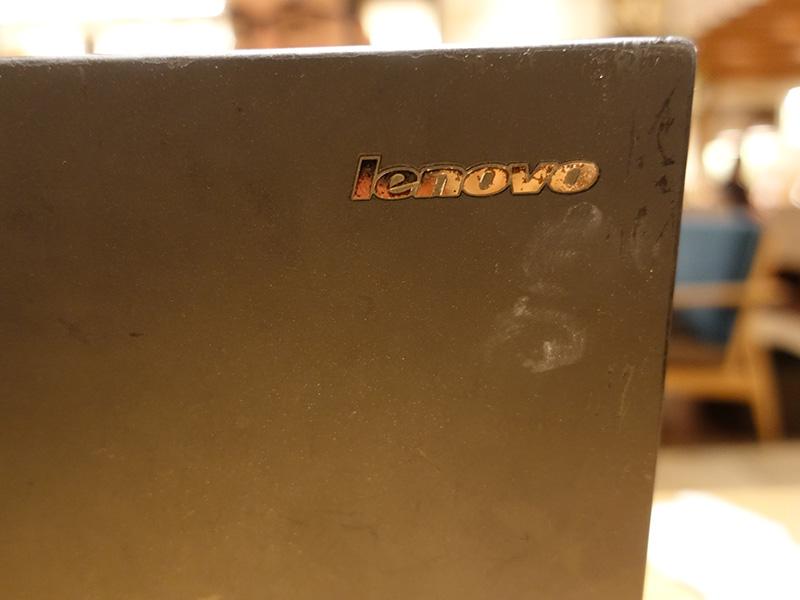 ThinkPad X240 天板 レノボマーク
