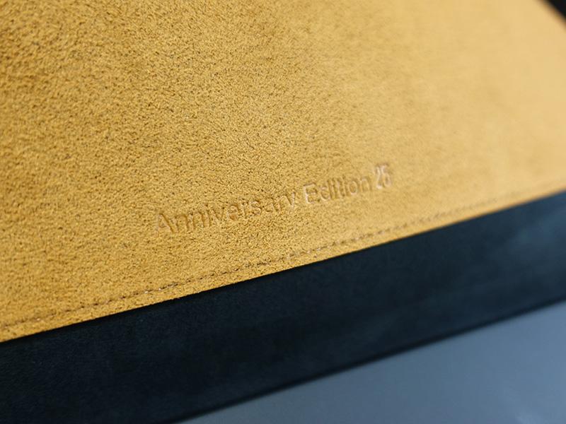 aniversary editon 25 とケースにも刻印