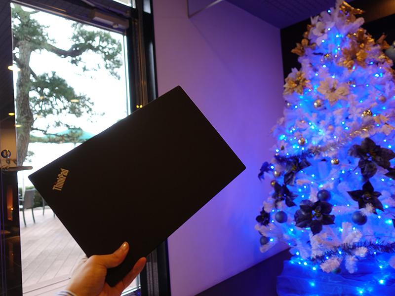 クリスマスツリーとX1 Carbon
