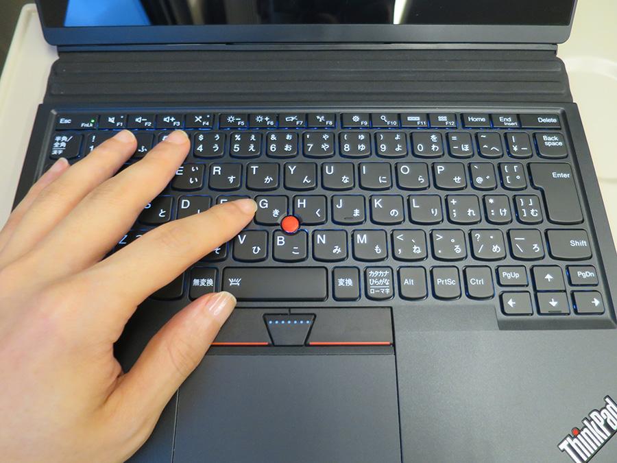 X1 Tablet キーボードの意見は真っ二つに分かれる