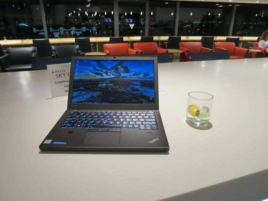 ThinkPad X270 バッテリーの持ち時間を気にしなくてよくなった