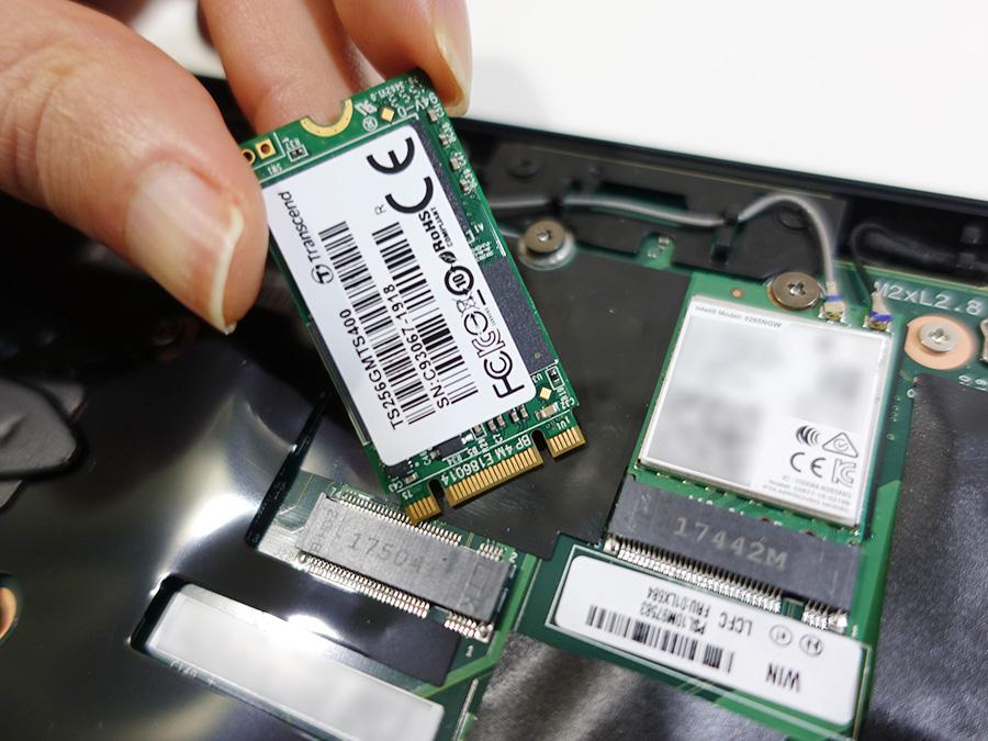 X280 M.2 type 2242 SATA SSDは認識する?