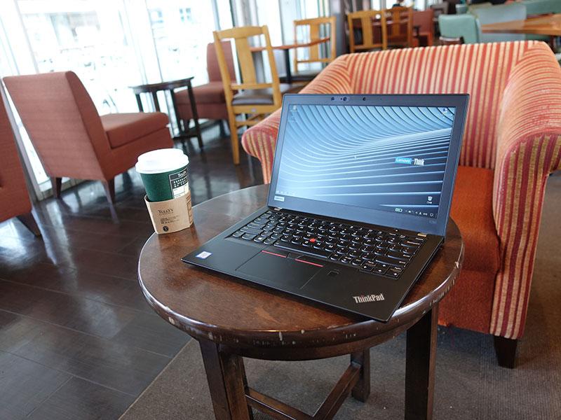 ThinkPad X280 持ち運びやすくなった