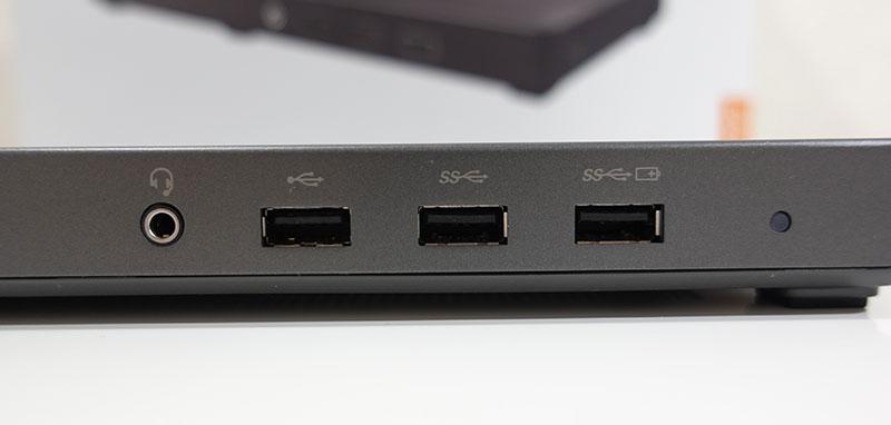 Thunderbolt 3 Graphics Dock 正面端子