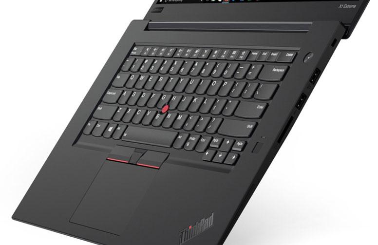 X1 Extreme キーボードは英語配列を選択