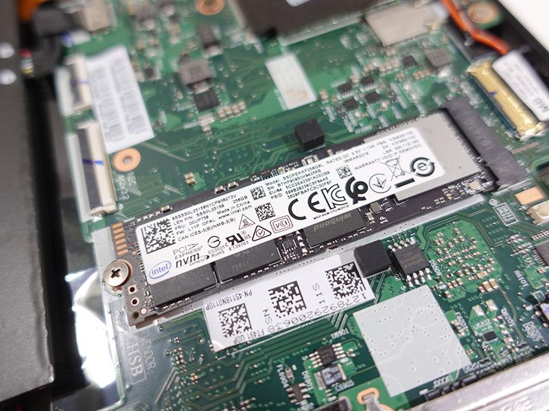 X390 搭載の256GB PCIe NVMe SSD