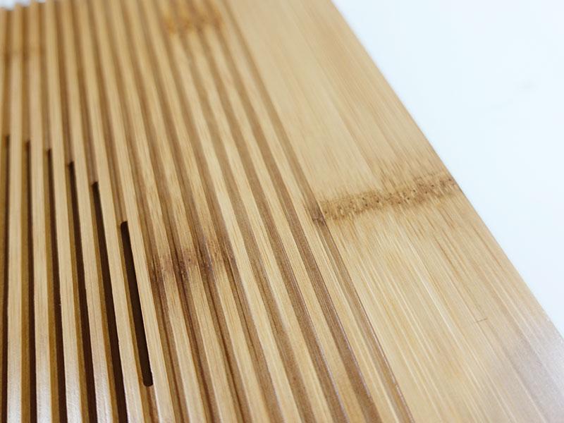 竹製 PCスタンド 節が趣がある