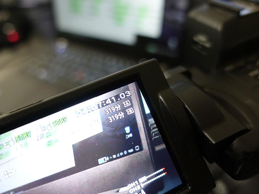 64GB micro SDだと300分以上撮影できるらしい