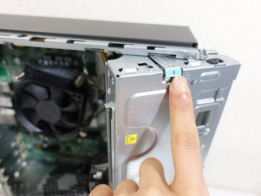 ideacentre 510S 観音開きで内部にアクセス出来る